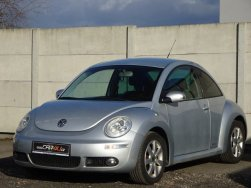 Volkswagen New Beetle - 1.6i 75kW HIGHLINE FCL